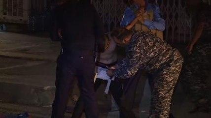 Kerkük'te üzerinde canlı bomba yeleği bulunan çocuğun yakalanma anı