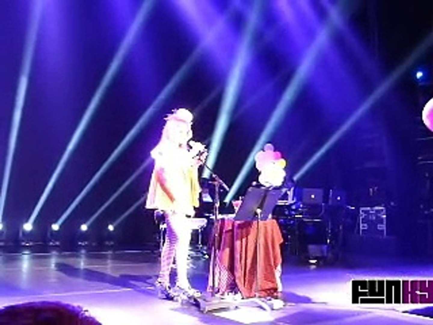MADONNA Take A Bow Tears Of A Clown Show Part 13 2016