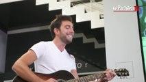 Cocoon chante « Retreat » en live au Parisien