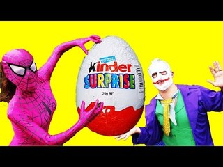 Spidergirl Vs Joker Kinder Surprise Treasure Hunt with Magic Frozen Ring!