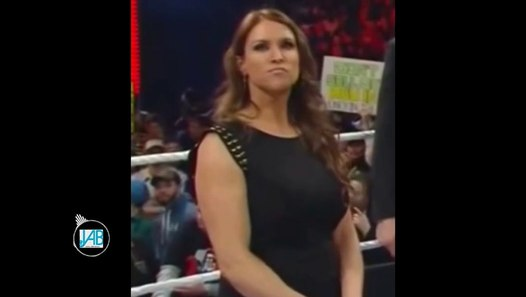 Stephanie McMahon sexy Compilation - video Dailymotion