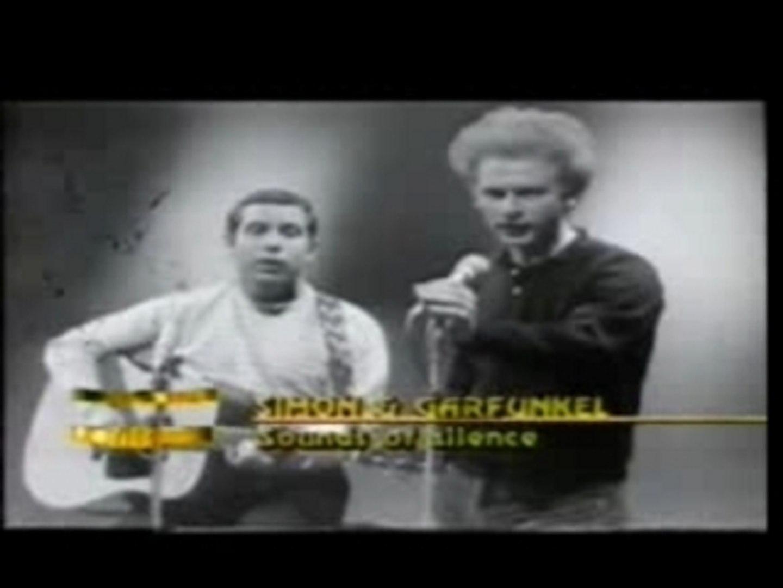 Simon & Garfunkel - Sound Of Silence - Live (B&W, 1966)