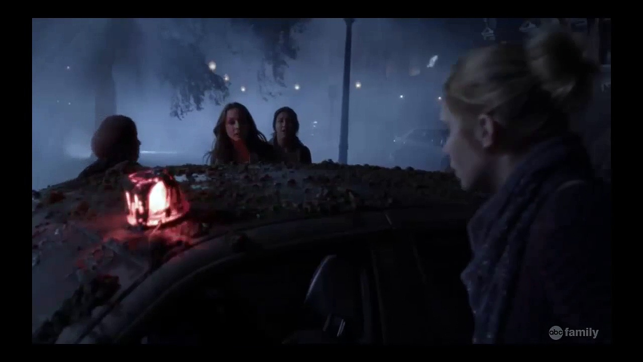 """Pretty Little Liars – Wilden's Body is Found – 4×01 """"A is for A-L-I-V-E"""""""