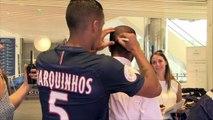 Quand Marquinhos se prend pour le coiffeur de Lucas