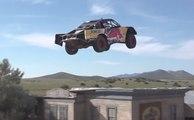 Récord: Bryce Menzies salta más de 115 metros en su camioneta
