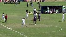 Foot : il marque un but en faisant un saut perilleux