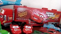 CARS Disney Pixar - Pixar Cars Collection Lightning Mcqueen Tow Mater