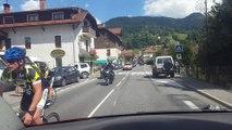 John Kerry fait du vélo dans les Alpes