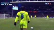 Le coup franc hallucinant de Juninho contre le Barça en Ligue des Champions