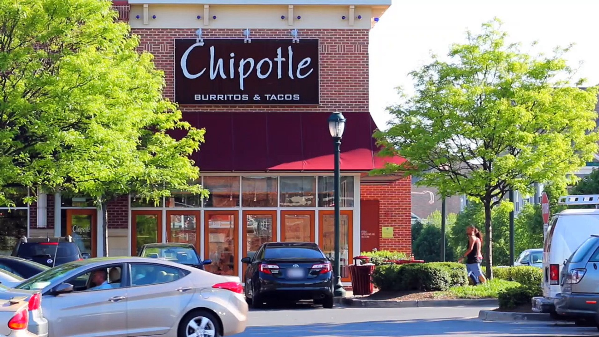 Chipotle Sued By Nearly 10,000 Employees For Alleged Wage Theft