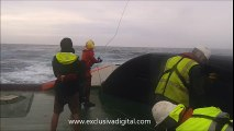 Rescate de naufragos en alta mar