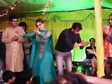 Shaan And Nargis Dancing In Private Party