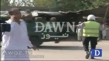 Dekhiye Peshawar Ki Christian Colony Main Terrorist Attack Ke Baad Ke Manazar - Footage