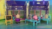 Peppa Pig Ecole Salle de classe Déballage Peppa Pig School House Playset