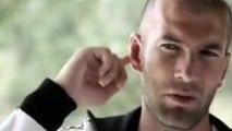 Quand Zinédine Zidane rigole tout seul à sa propre blague