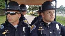 4 poliziotti in servizio: appena inzierà la musica non riuscirete a non ridere!