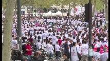 Importante manifestation à Paris contre les violences envers les asiatiques