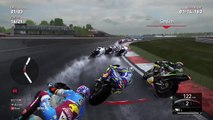 MotoGp2016 | Silverstone Circuit|Valentino Rossi| Gameplay Wet Track | PS4 live 2016[720p]