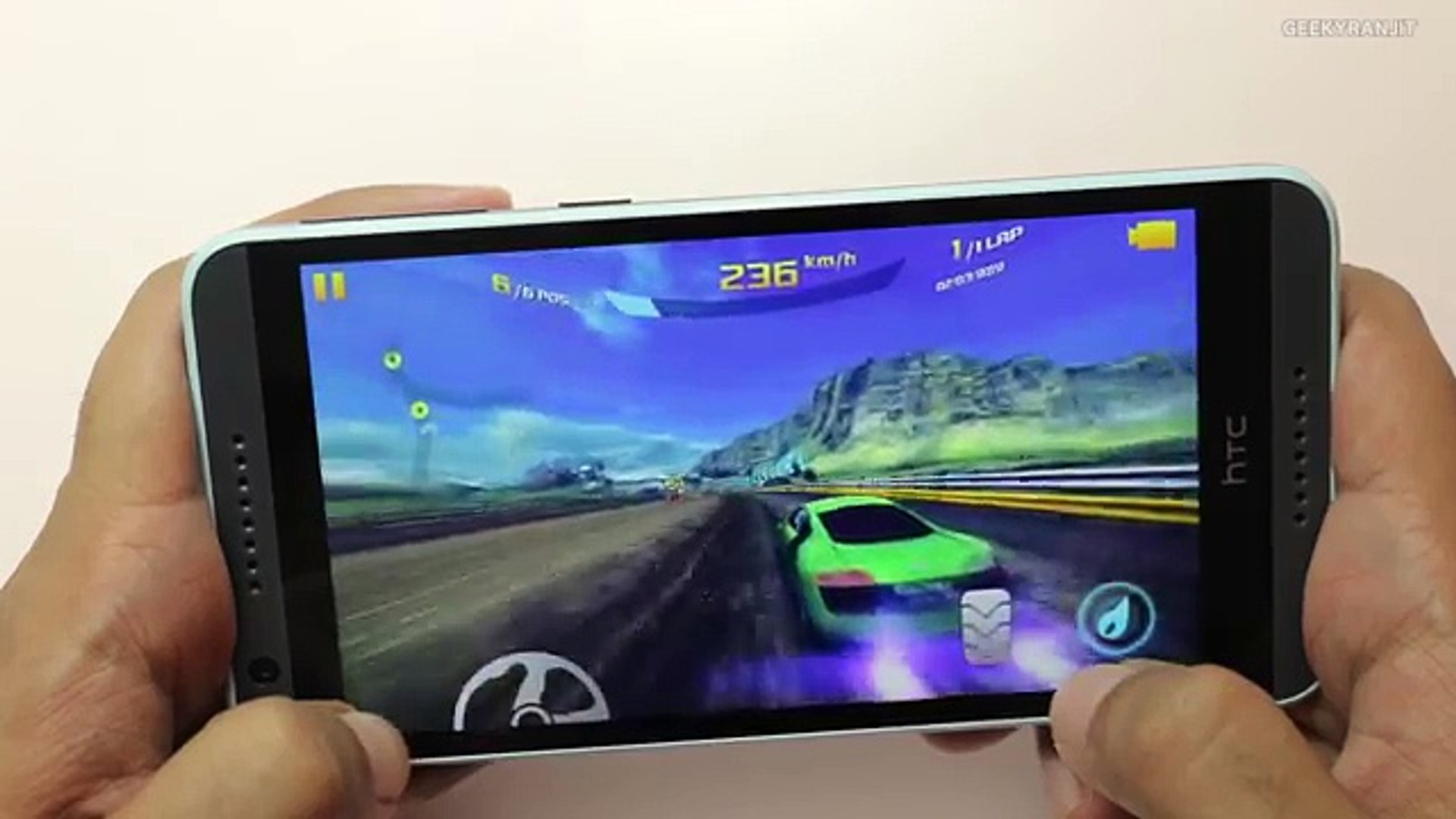 HTC Desire 820 Gaming Review & Does it Heat Up- With Mobo Tech