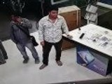 These thieves stolen Samsung mobile  india.