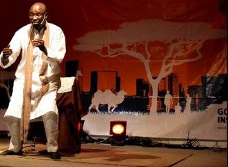 Massamba Gueye raconte l'histoire de Waly et sa femme