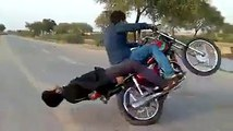 OMG!!! What is the Rider doing --