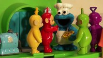 Play Doh Teletubbies eat Cookies made by The Cookie Monster, me want cookie, num num num
