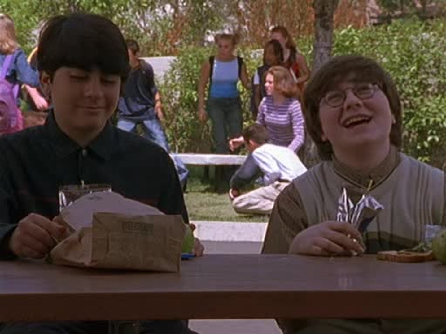Malcolm in the Middle - S 3 E 4 - Malcolm's Girlfriend