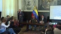 Oposición venezolana pospone protesta para exigir revocatorio