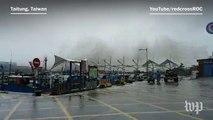 Super Typhoon Meranti sweeps into Taiwan