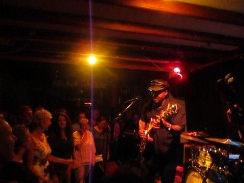 Saron Crenshaw & BlindB& the Visionairs (De Viersprong 16 Sept-2016)