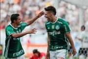 Palmeiras vence o Corinthians em Itaquera e garante a liderança