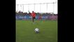 Douglas Costa Fantastic Backheel Penalty Goal In Bayern Training!