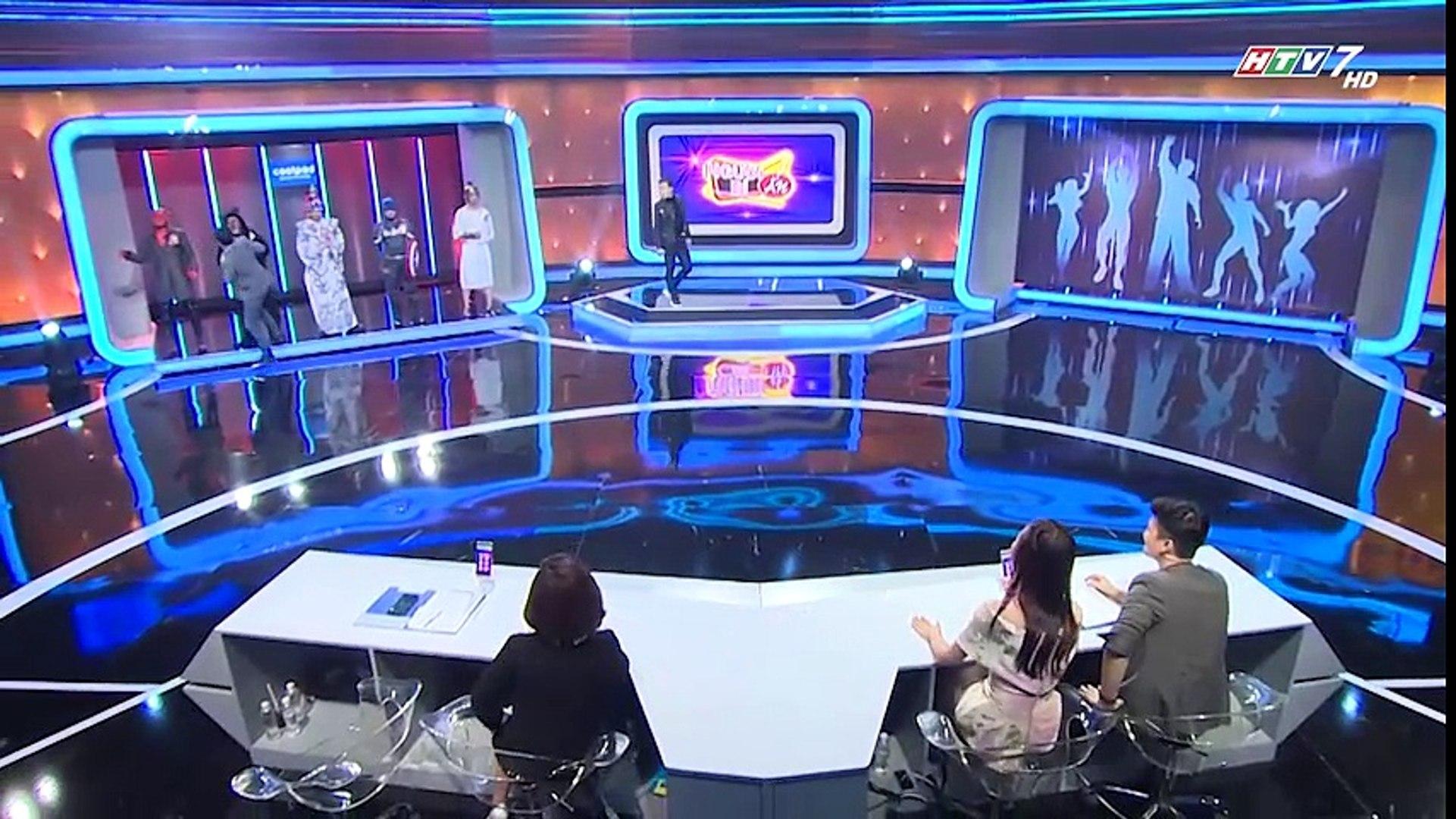 Hồng Đào chủ động hôn trai lạ trên sóng truyền hình