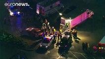 In einem Einkaufszentrum in Burlington im US-Bundesstaat Washington sind nach Polizeiangaben vier Menschen getötet worden. Der Täter ist auf der Flucht.
