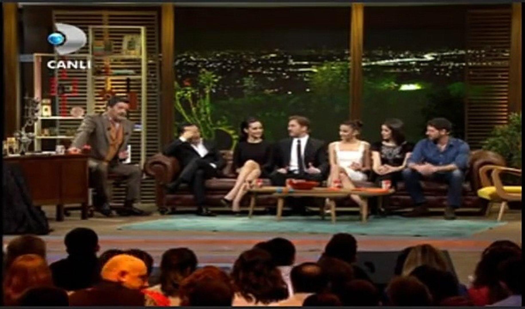 Beyaz Show-Romantik komedi 2(bekarlığa veda) film hakkında 15 Şubat 2013