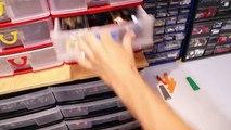 Boîte inutile vs Main robotisée en LEGO
