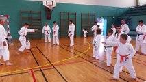 Cours de karate des enfants confirmés et adultes avec Ludo et sandrine