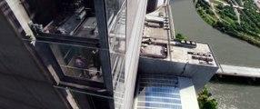 Le Soldat de l'Hiver - scène de l'ascenseur (anglais)