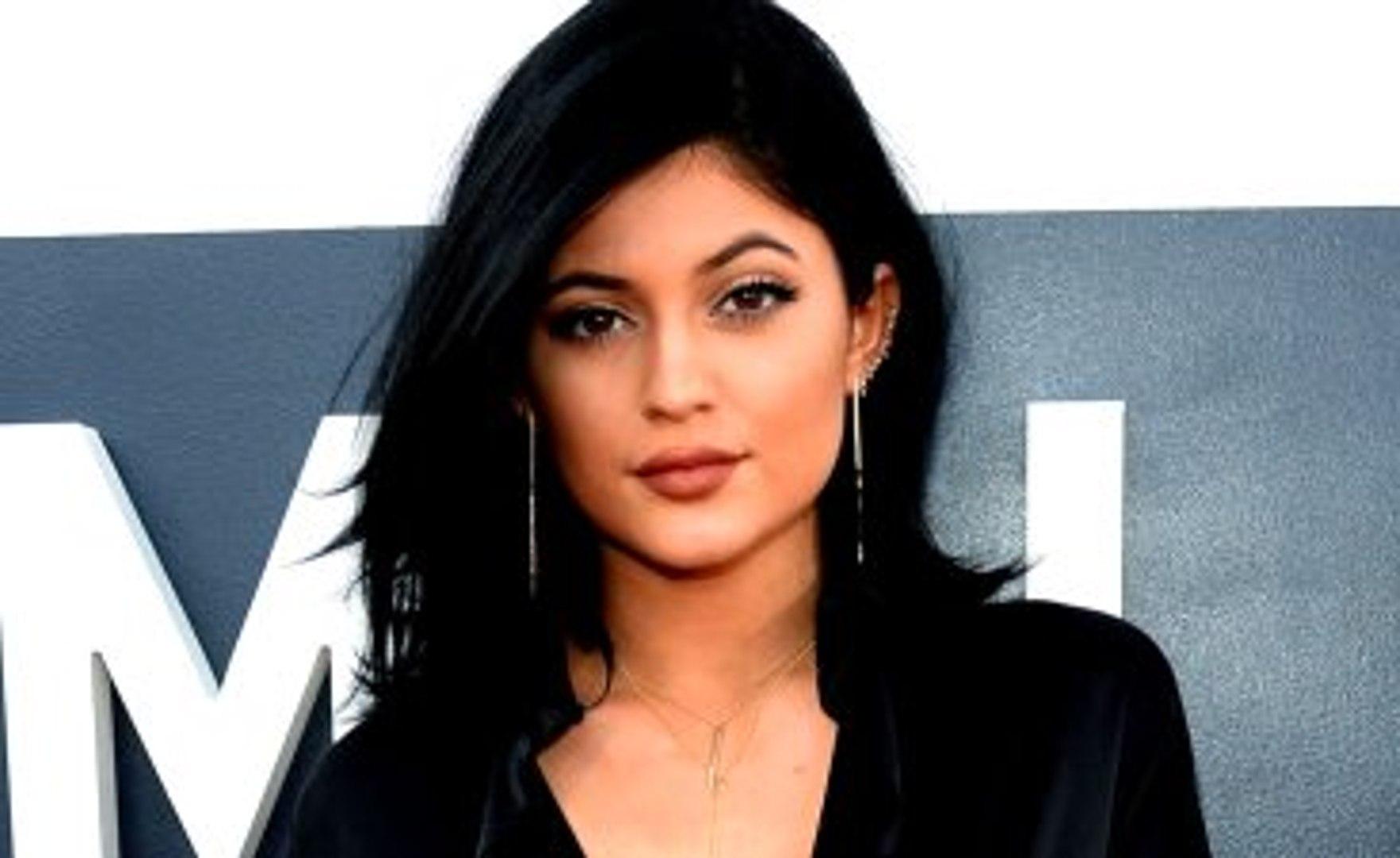 Kylie Jenner'ın Telefon Numarası İfşa Edildi