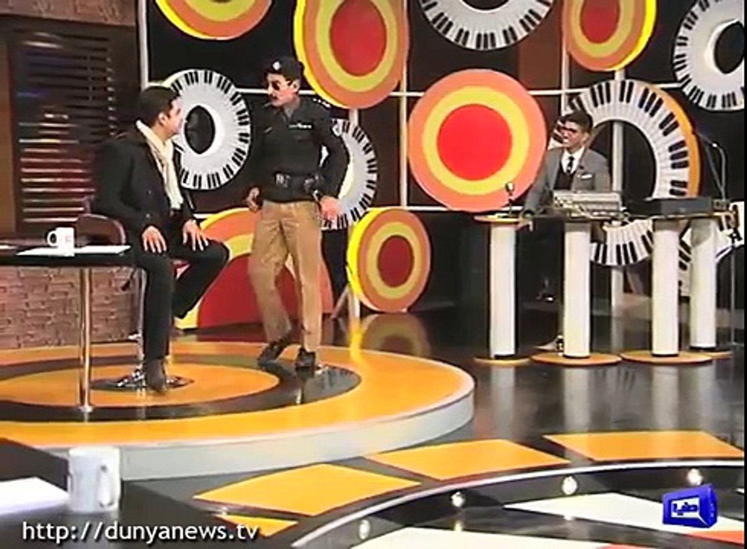 v v  v v  v v  v v  v funny video from mazaaq raat