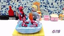Elsa Bathing her twins SPIDER Baby Boys | Play Doh Claymation Fun Superhero Stop Motion Videos