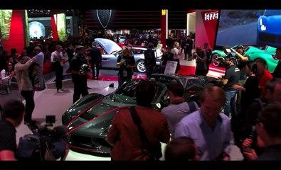 Mondial de l'Automobile à Paris - Ferrari présente ses nouvelles voitures (version courte)