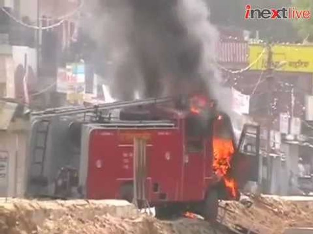 Allahabad: Locals clash with police