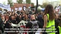 Des Polonaises en grève contre l'interdiction quasi totale de l'avortement