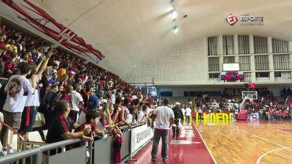 Briga na torcida do Flamengo marcou clássico contra o Vasco no campeonato estadual de basquete