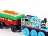 Thomas et Ses Amis Train Jouet En Bois Thomas et Les Abeilles Buzzy