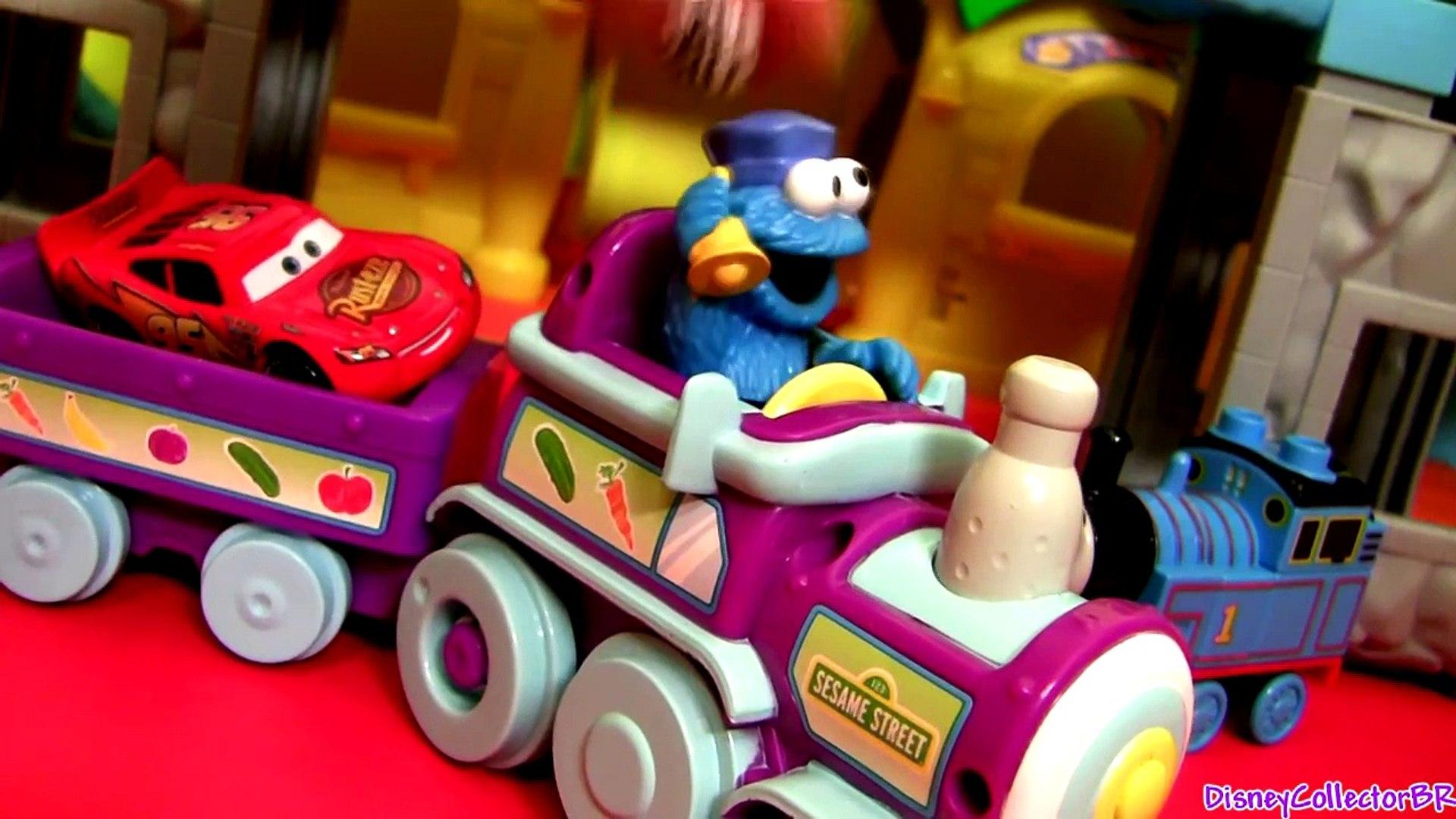 New Cookie Monster Food Train Railway Playset With Lightinng