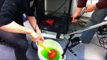 Bruitages et sons de Mortal Kombat recréés en studios LOL
