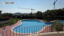 Кредит. Двухуровневая квартира в Sierra Cortina, Бенидорм, Испания, с тремя спальнями